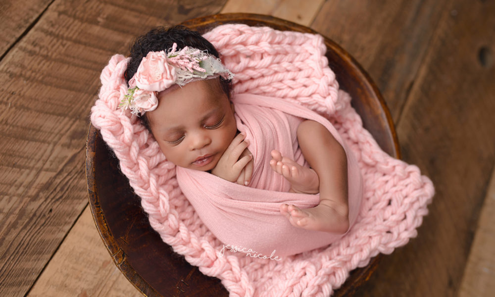 nescastle-newborn-photographer