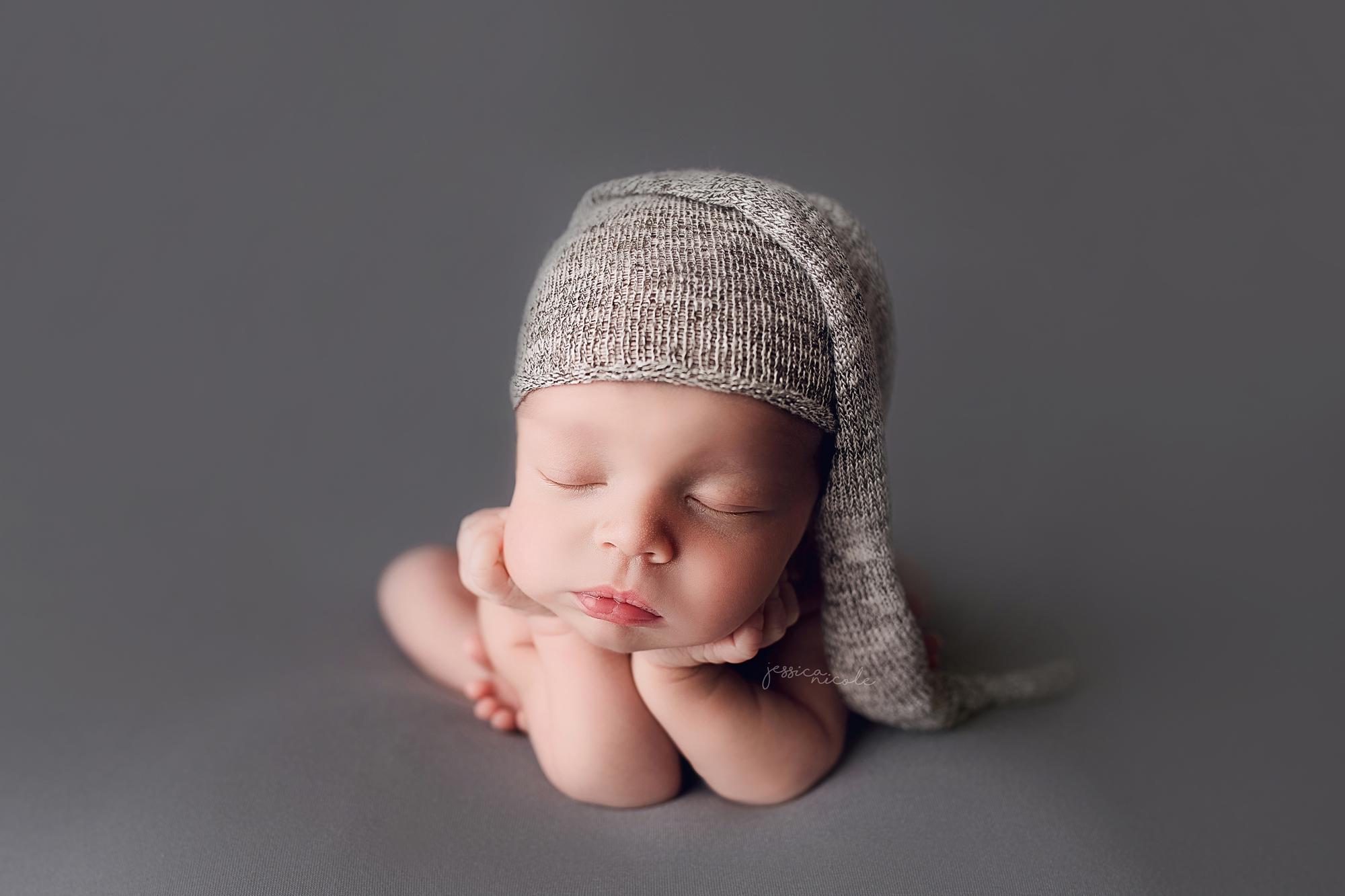 Beautiful baby l oshawa bowmanville whitby courtice ajax durham region gta newborn photographer